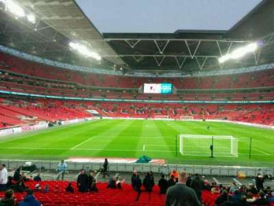 Wembley Stadium, section: 135, rangée: 24, siège: 19