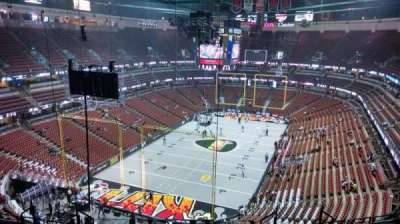 Honda Center, section: 421, rangée: M, siège: 8