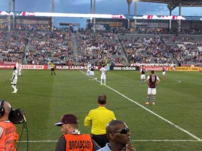 Dick's Sporting Goods Park, section: 129, rangée: 3, siège: 7