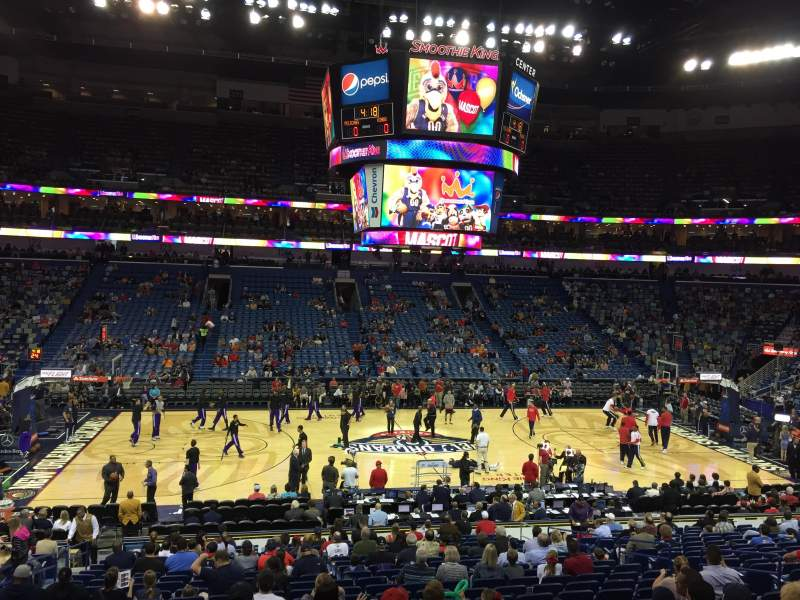 Smoothie King Center, section: 113, rangée: 18