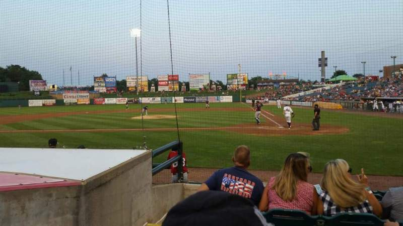 FirstEnergy Park, section: 110, rangée: 8, siège: 17