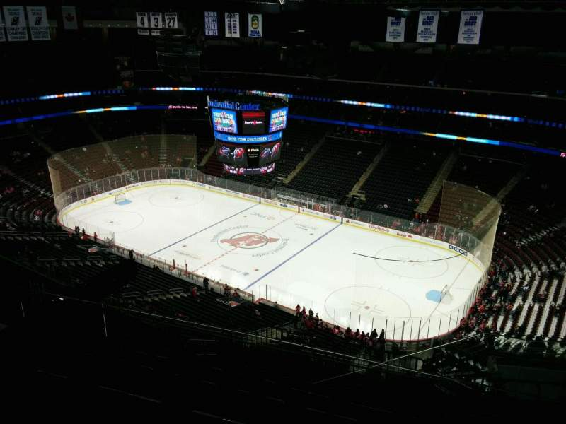 Prudential Center, section: 215, rangée: 7, siège: 7