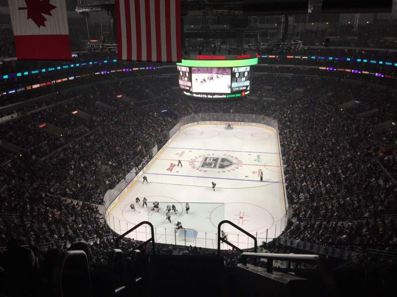 Staples Center, section: 325, rangée: 7, siège: 26