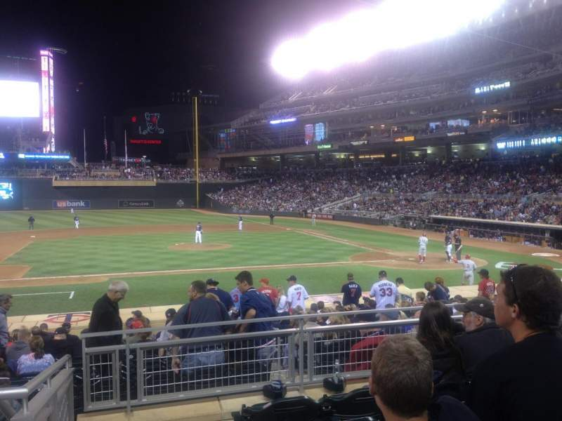 Target Field Section 127 Accueil De Minnesota Twins