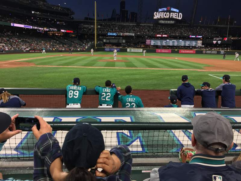 Safeco Field, section: 123, rangée: 7, siège: 9
