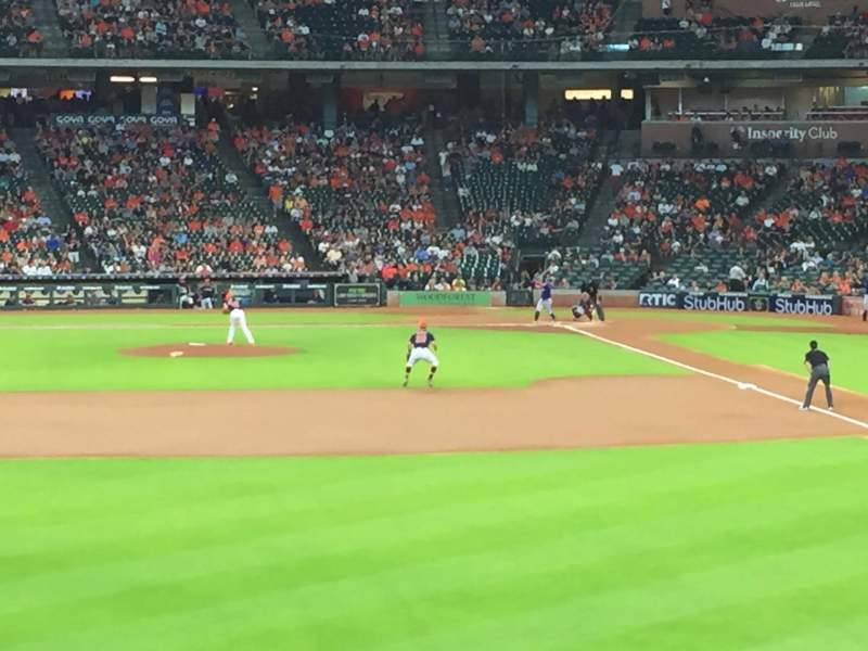Minute Maid Park, section: 102, rangée: 1, siège: 14