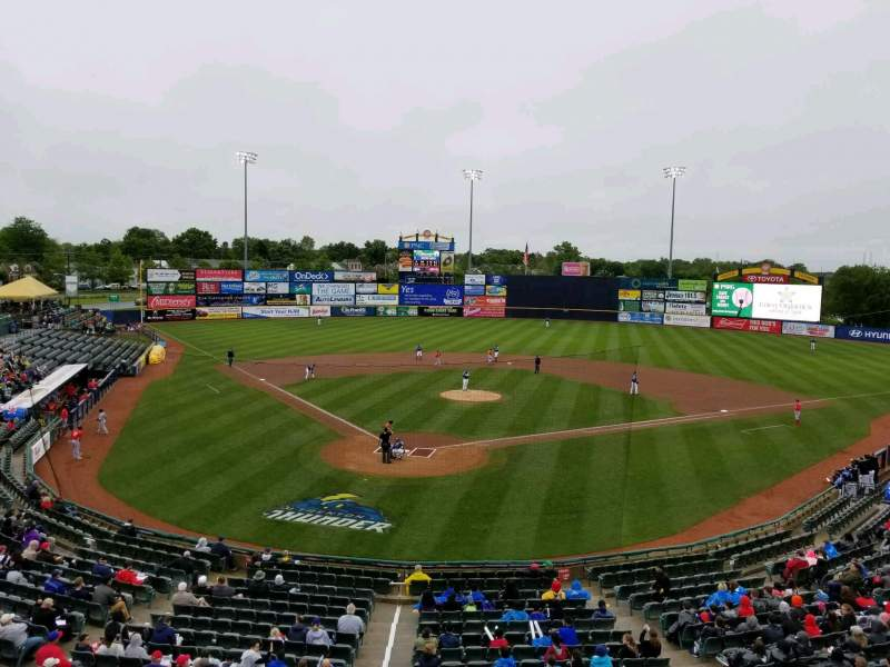 Arm & Hammer Park, section: 8, rangée: B