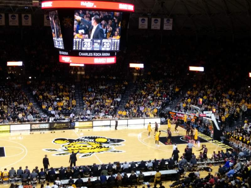 Charles Koch Arena, section: 122, rangée: 34