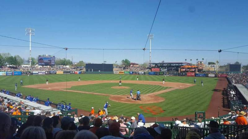 Scottsdale Stadium, section: 301, rangée: 3, siège: 7