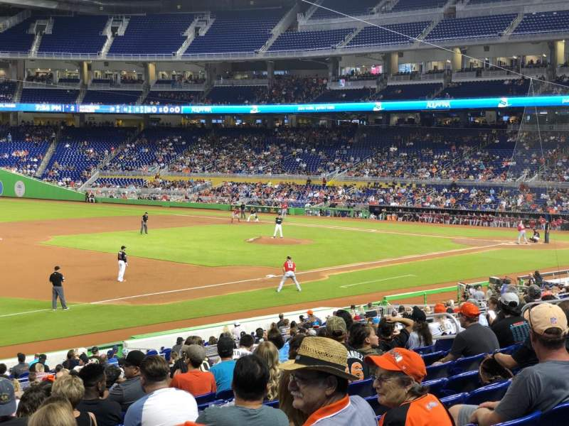 Marlins Park, section: 23, rangée: 10, siège: 14