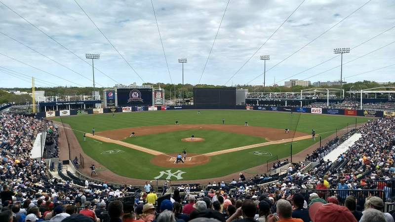 George M. Steinbrenner Field, section: 210, rangée: O, siège: 22
