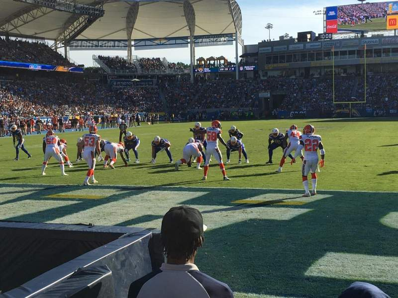 StubHub Center, section: 121, rangée: A, siège: 3
