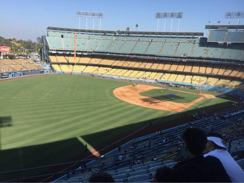 Dodger Stadium, section: 47RS, rangée: H, siège: 9
