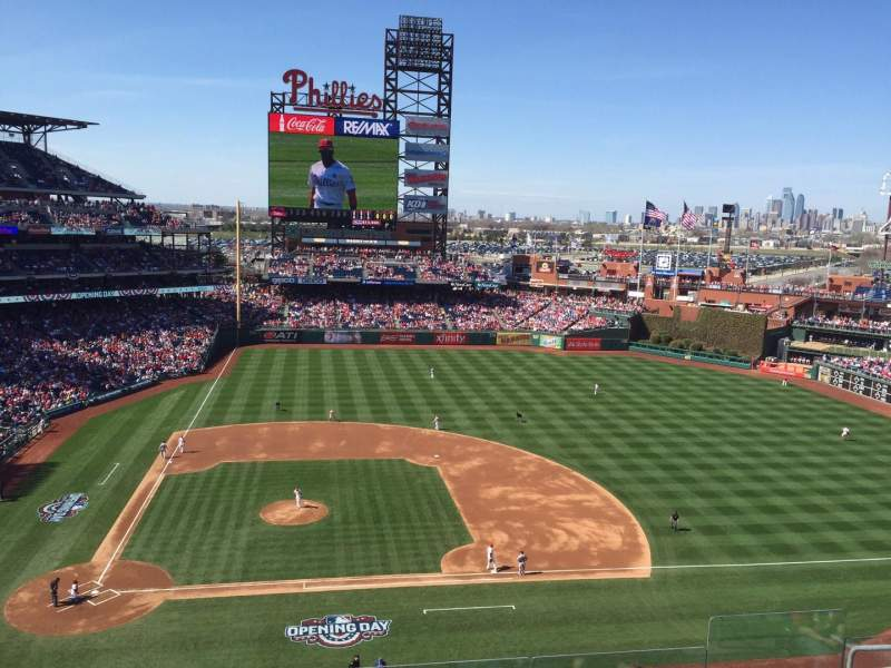 Citizens Bank Park, section: 316, rangée: 7, siège: 7