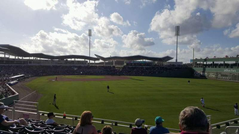 JetBlue Park, section: 227, rangée: 13, siège: 12