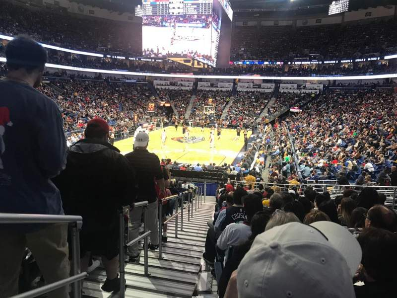 Smoothie King Center, section: 117, rangée: 22, siège: 17