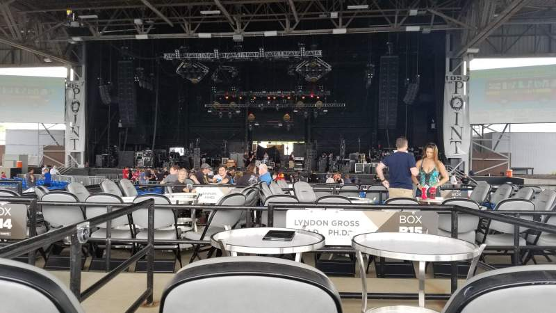 Hollywood Casino Amphitheatre (Maryland Heights), section: Center, rangée: X, siège: 136
