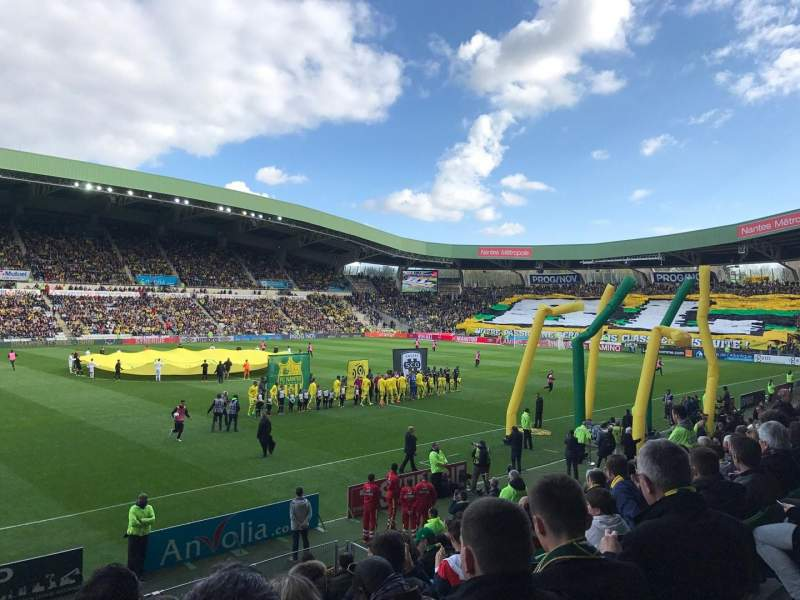 stade de la beaujoire section presidentielle rang e o si ge 205 fc nantes vs angers sco. Black Bedroom Furniture Sets. Home Design Ideas