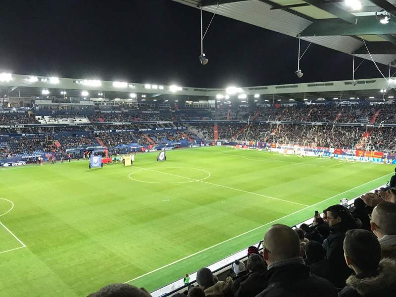 Stade Michel D'Ornano, section: J9, rangée: X, siège: 220