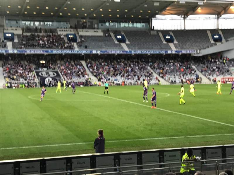 Le Stadium de Toulouse, section: Sud, rangée: F, siège: 123